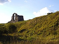 Ruins of German castle Roziten 12-16 s.